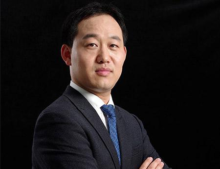 团队高级顾问律师-侯志涛律师